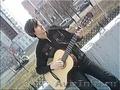 Даю уроки игры на гитаре.
