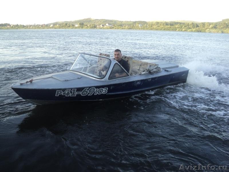 куплю моторную лодку с водометом б у
