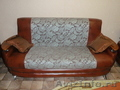 Мягкая мебель, два кресла и диван
